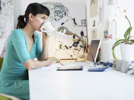Trabalhar em casa traz muitas vantagens, mas um bom home office precisa também de organização