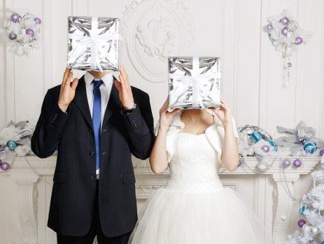 Foi convidado para a cerimônia e a festa, mas não faz ideia do que dar de presente de casamento? Então confira nossas dicas e facilite sua escolha no Simplifica!