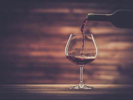 Saiba mais das características desses famosos tipos de vinho: Merlot, Lambrusco e Pinot Noir.