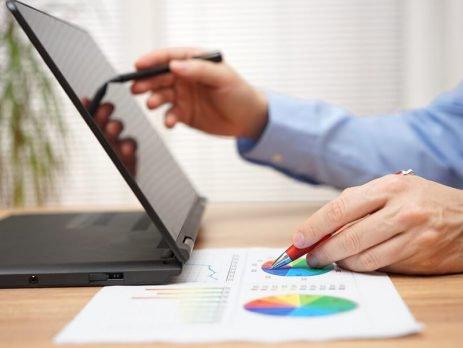 Você sabe o que é notebook conversível ? Então venha conferir essa tecnologia que permite ser convencional e portátil ao mesmo tempo.