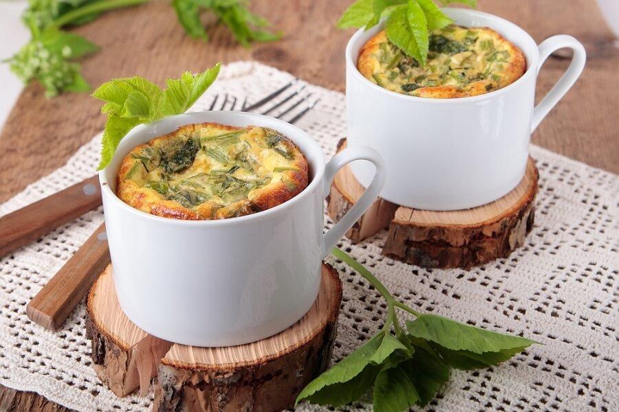 O omelete na AirFryer é uma receita fácil e simples de ser feita.