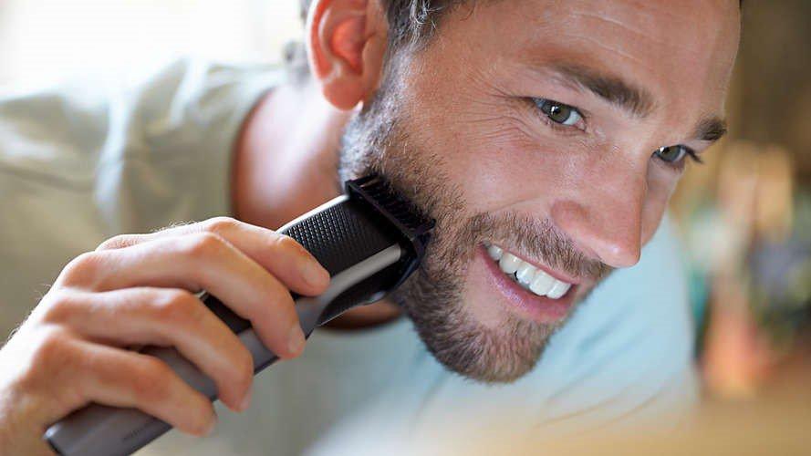 barbeadores eletricos - se barbeando